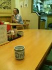 店内中央テーブル