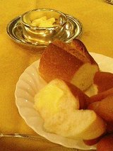 レストラン 三笠 パン