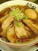 ふく利 ラーメン 肉煮玉子入り 860円