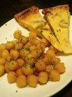 前菜�フリッタータとひよこ豆のローズマリー風味