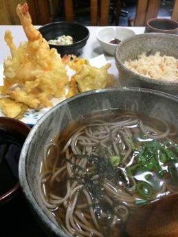 うお忠 天ぷらそば定食 980円 (1)