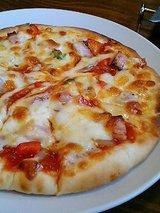 ピエーノ ディ ソーレ 本日のピザ