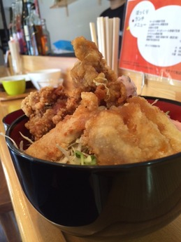 ぼっくりランチ カラアゲ丼 (1)