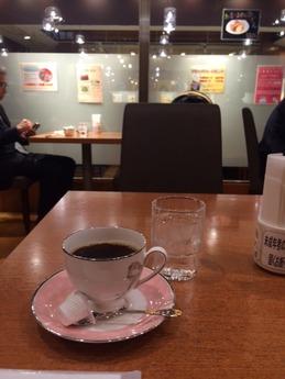 カフェ セリーノ 外観 (3)