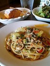 カルボナイオ カキと春きゃべつの白ワイン風スパゲッティ