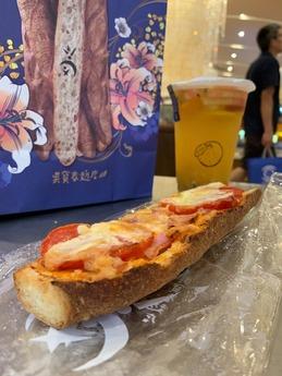 呉宝春麦方店 台中店 (2)