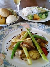 丘の上のビアレストラン 但馬鶏のグリル1380円