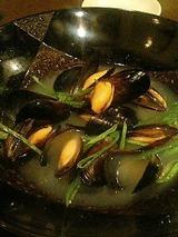 神戸イベリコ屋 ムール貝の酒蒸し