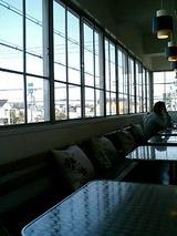 cafe plus 窓