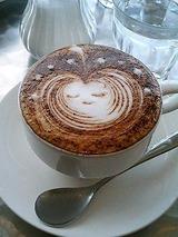 cafe plus ダブルエスプレッソラテ 690円