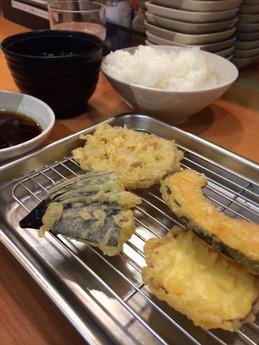 秀吉 天ぷら定食980円 (1)