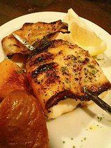 イカのグリルの串焼き(500円)