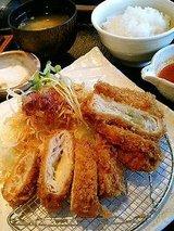 チーズ&バジル ミルフィーユかつ膳(ご飯、味噌汁、漬物付)1390円