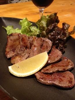 百太郎飾磨店 牛タン塩焼き