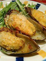 バーナ貝のガーリック焼き(345円)
