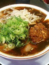 新福菜館 肉味噌ラーメン 990円