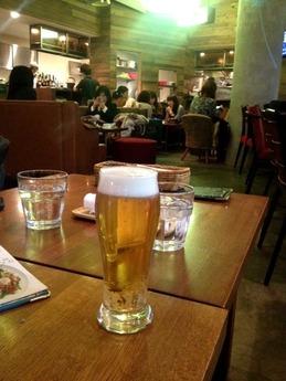 猿カフェ ビール
