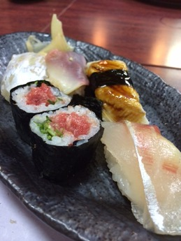 西飾磨どい寿し 寿司 (1)
