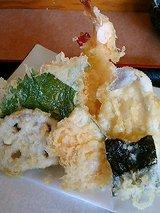 天ぷら盛り合わせ(1050円)