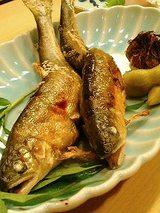 鮎塩焼(850円)