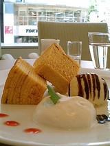 BAUMKUCHEN and TEA ma couleur ふんわりバーム(425円)