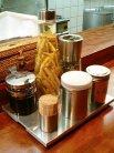 ラー油、ガーリックパウダー、人参酢、黒胡椒、胡椒