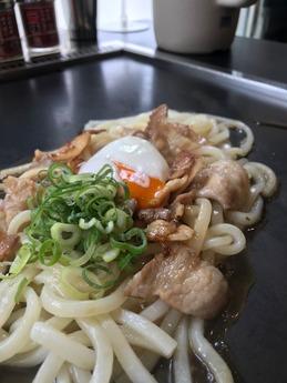 住吉肉うどん (2)
