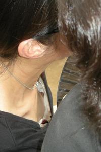 胸チラ画像00579