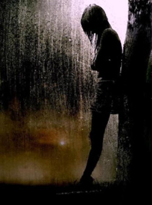 girl-and-rain-dark-2