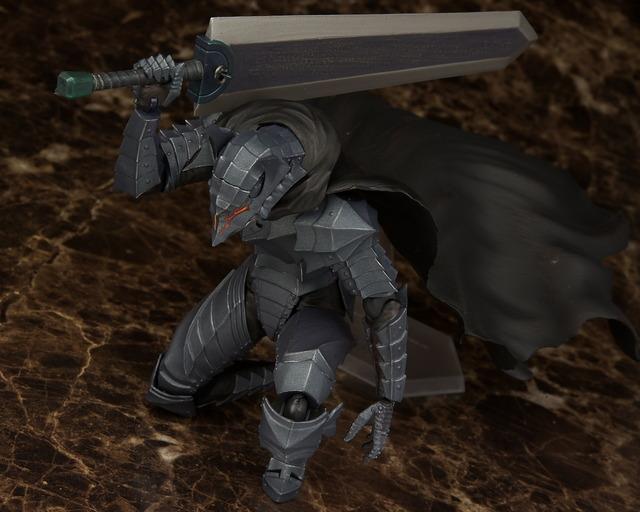 figma 狂戦士の甲冑