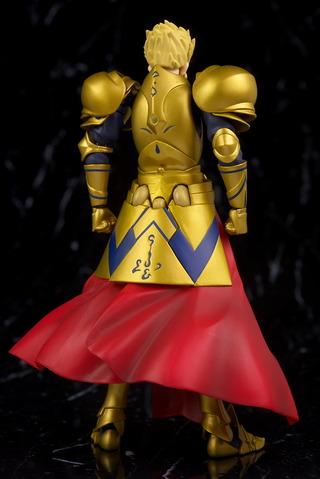 全身。プロポーションなどは特に問題ないですが鎧の金色が見本に比べ色や質感など劣化してる印象。