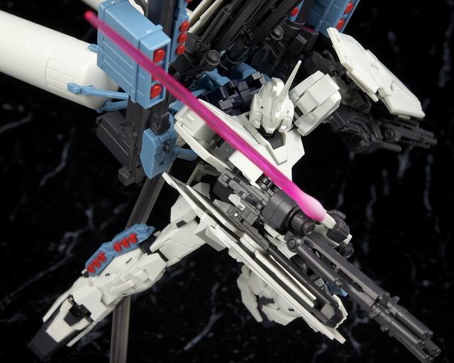 ロボット魂 フルアーマーユニコーンガンダム (ユニコーンモード) レビュー