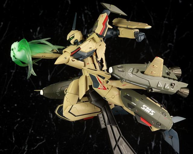 DX超合金 VF-19 ADVANCE レビュー