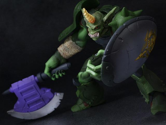 ガンダムシリーズ 組立式DXヒーローズ&モンスターズ ゴブリンザク レビュー