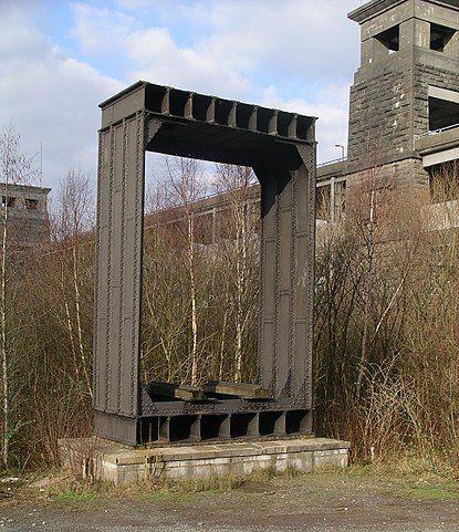 Britannia_Bridge_wrought_iron_section