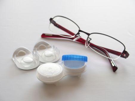 【近視】おい科学者!早く視力が良くなる目薬発明しろ!