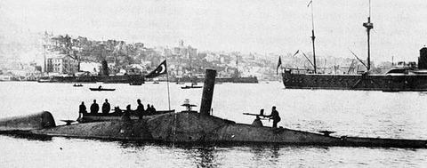 640px-Nordenfelt_submarine_Abdülhamid