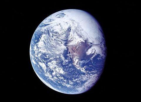 地球破壊爆弾