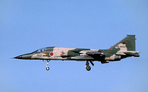 F-1_(13610307365)
