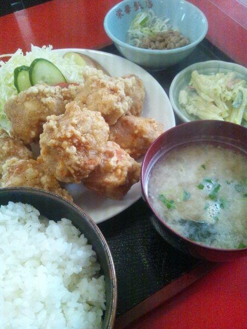 栄華飯店の鶏から定食