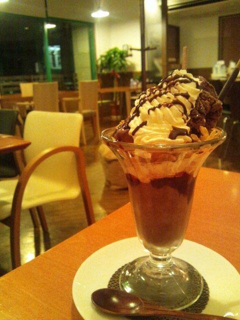 Infini cafe のアスパラとチーズのクリームパスタ簞