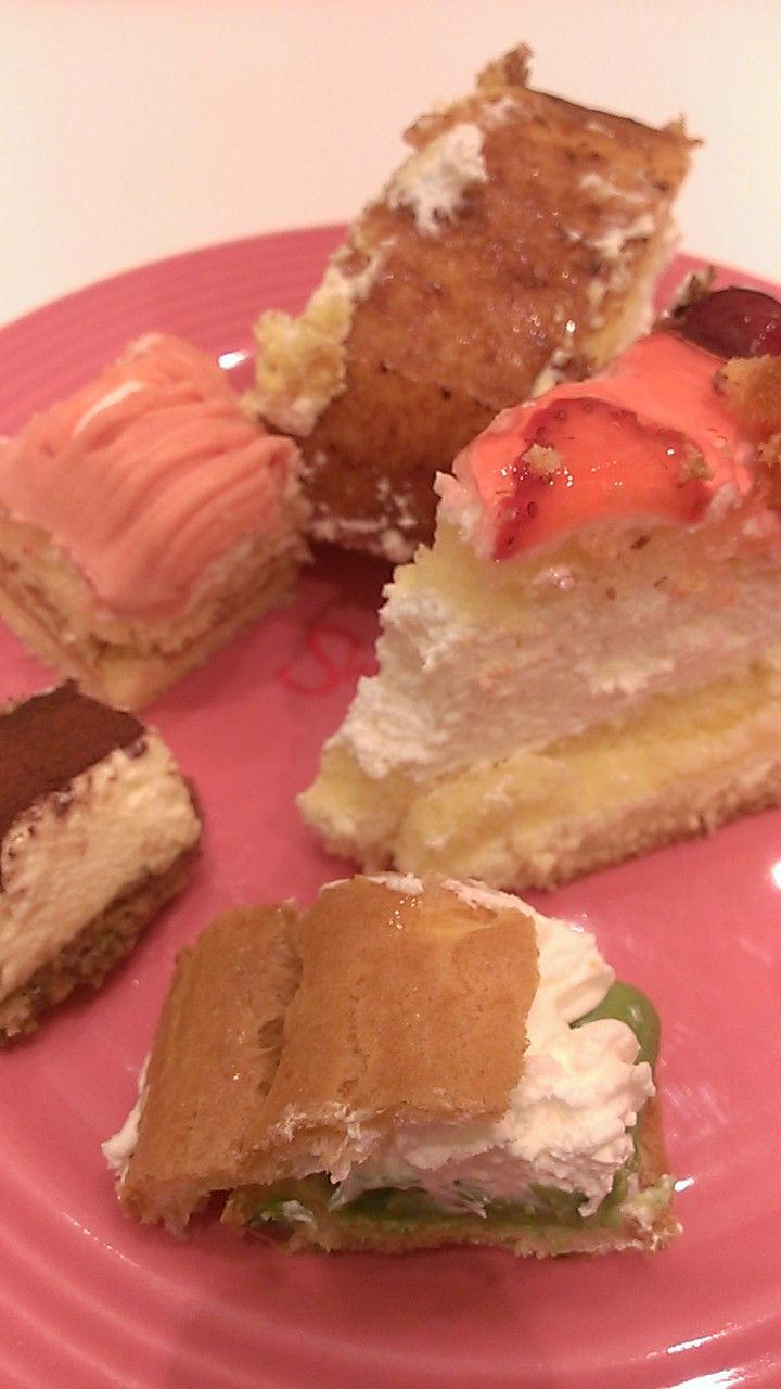 スイーツパラダイスでケーキ三昧