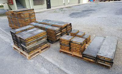 秋山 フリーパネル 型枠 合計125枚