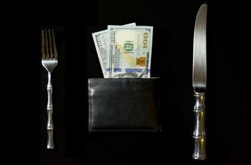 money-619019_1280