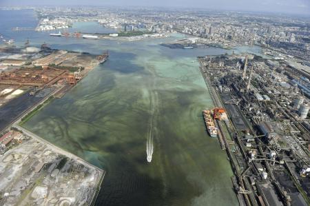 【東京】東京湾で青潮、卵が腐ったような異臭も 船橋~千葉市10キロにわたりお気軽に一言お願いします( ・`ω・´)