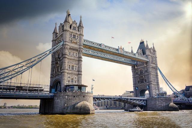 tower-bridge-5727975_1920