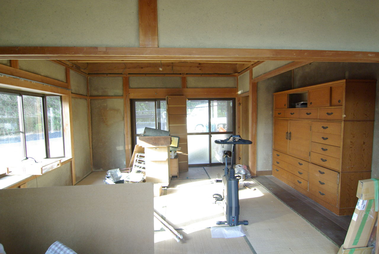 改修前室内1