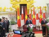 ベトナムのフック首相との共同記者発表