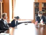 ジョセフ・ヤング駐日米国臨時代理大使 面会 (2)