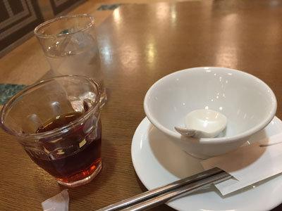 明石 四川料理 天府真味 水に氷